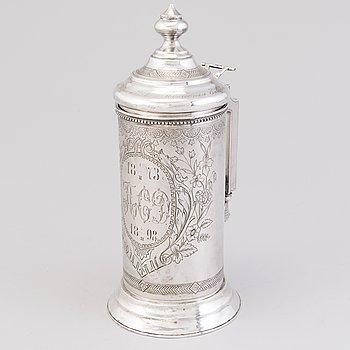 A silver tankard, mark of Vasili Ivanovich Ivanov, assay master A. Skovronsky, Moscow 1896.