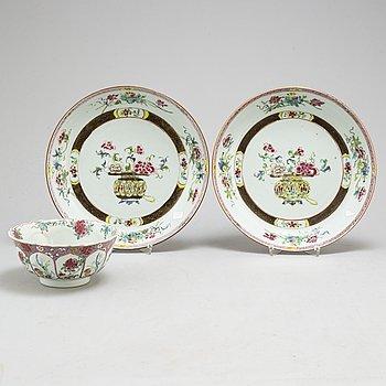 SKÅL samt SKÅLFAT, ett par, kompaniporslin. Qingdynastin, Qianlong (1736-95).