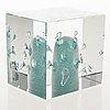 Oiva toikka, an annual cube, glass, signed oiva toikka nuutajärvi marked 117.