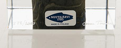 Oiva toikka, Årskub, signerad oiva toikka, nuutajärvi 1979, numrerad 872/2000.