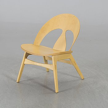 BØRGE MOGENSEN, an easy chair model number 9004, limited 89/90.