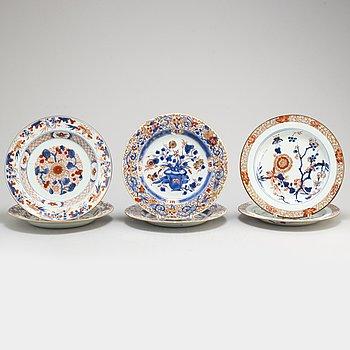 TALLRIKAR, sex (2+2+1+1) stycken, kompaniporslin. Qingdynastin, Qianlong (1736-95).