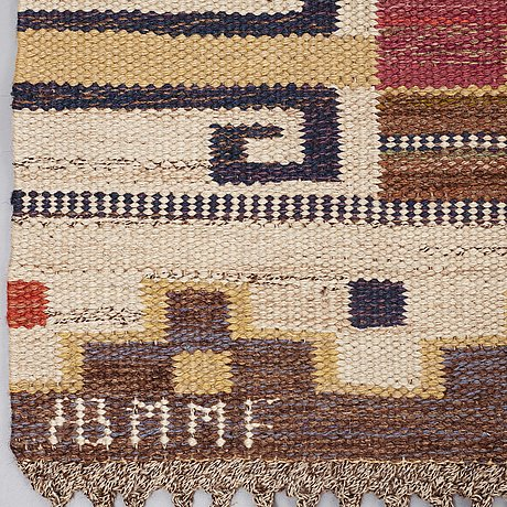 """Märta måås-fjetterström, a carpet, """"bruna heden"""", flat weave, ca 305,5 x 207,5 cm, signed ab mmf."""
