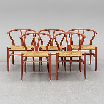 HANS J WEGNER, a set of 5  laquered Y-chairs, Denmark. Second half of the 20th century.