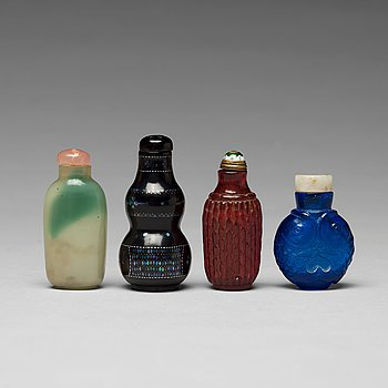 A group of four Chinese snuff bottles.