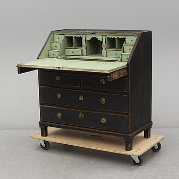 A painted pine secretaire, first half of the 19th Century.