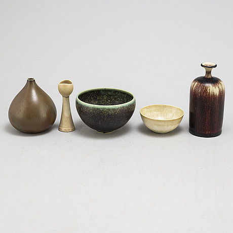 Vases and bowls, ceramics, 1950s and later.