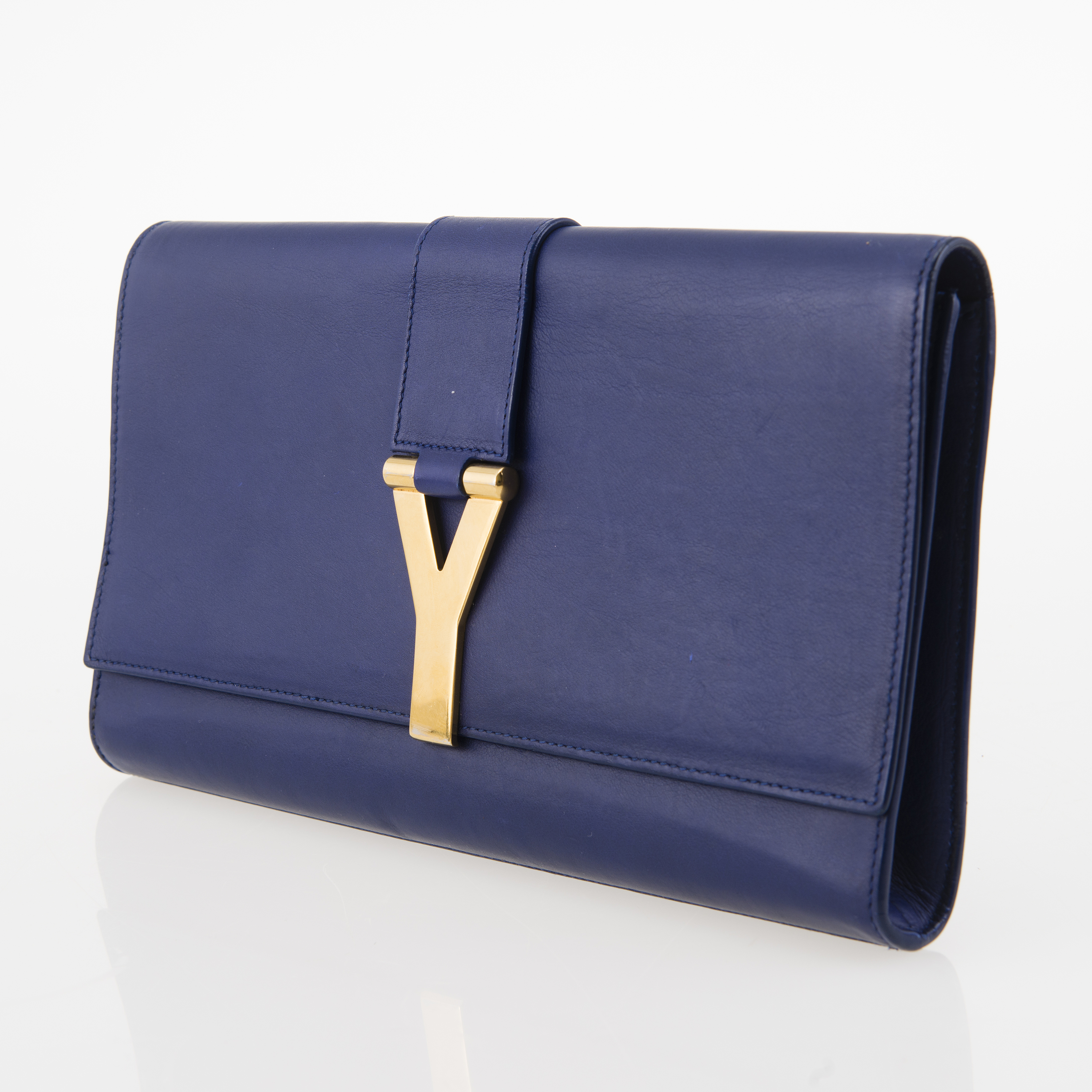 bf0d012dcf YVES SAINT LAURENT Chyc leather Clutch. - Bukowskis