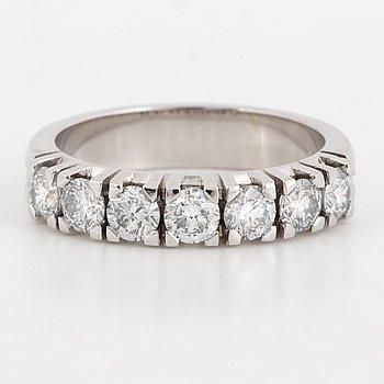 Half-eternity brilliant-cut diamond ring 1,20 ct.
