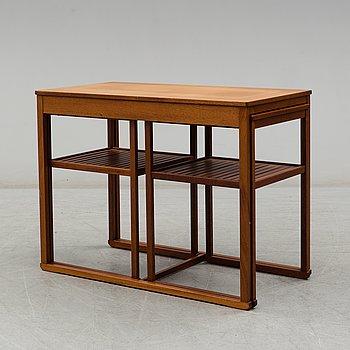 """CARL MALMSTEN, satsbord, tre delar, """"Släden"""", Åfors Möbelfabrik, 1900-talets slut."""