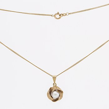 Hänge och kedja och armband 18K guld m odlade pärlor, ca 7,5 mm och 3,5 mm.