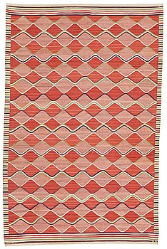 "176. Barbro Nilsson, A CARPET, ""Rödspättan"", flat weave, ca 313,5 x 203 cm, signed AB MMF BN."