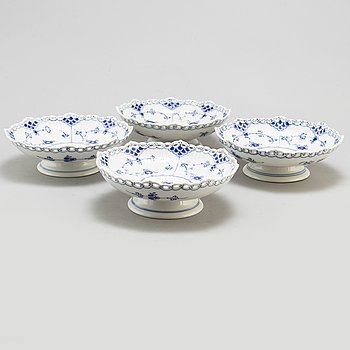 a set of four 'Musselmalet' porcelain bowls '1023' by Royal Copenhagen.
