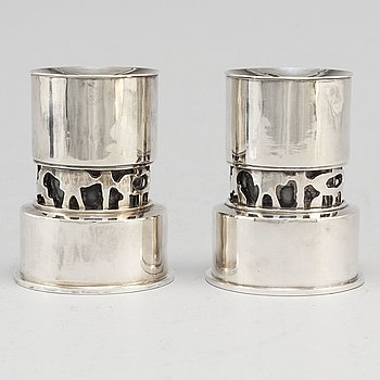 CLAËS GIERTTA, a pair of sterling silver candlesticks from Stockholm, 1965.