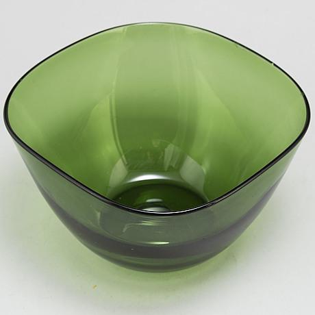 A gunnel nyman bowl. riihimäen lasi oy.