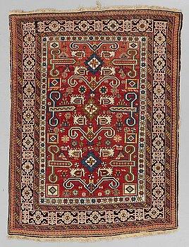 A RUG, an antique Perpedil Shirvan, ca 152,5 x 115-119 cm (as well as 1 cm flat weave at each end).