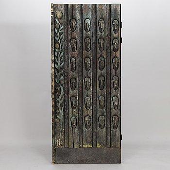 KOSTI AHONEN, a door, wood, metal.
