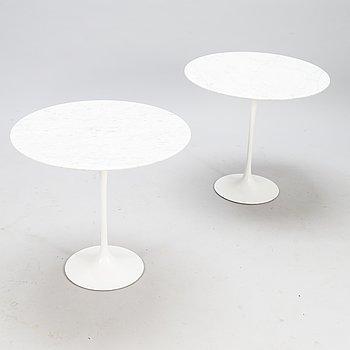 """EERO SAARINEN, bord, 2 st, """"Tulip"""", för Artek tidigt 1970-tal."""