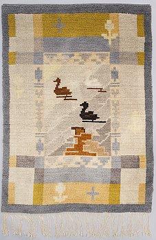 GRETA STRANDBERG, a Finnish long pile rug for Friends of Finnish Handicraft. Circa 196 x 140 cm.
