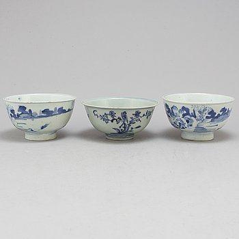 Three blue and white bowls for South East Asian market, one Ming dynasty, and two Qing dynasty.