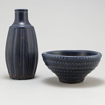 A mid 20th Century stoneware bowl and vase by Kåge Verkstad, Gustavsberg, Sweden.