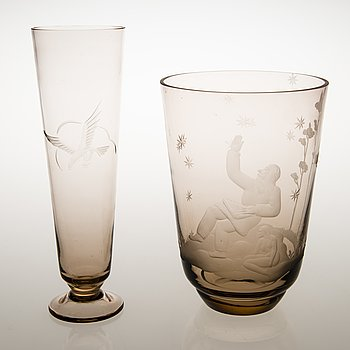 Two Mid-20th Century glass vases, Kumela oy.