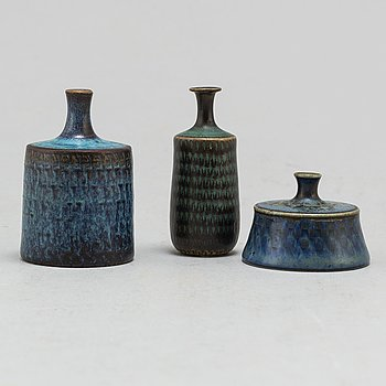 STIG LINDBERG, a set of three stoneware miniature vases, Gustavsberg studio, Sweden 1965.