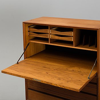 A second half of the 20th century 'Royal System' book shelf by Poul Cadovius.