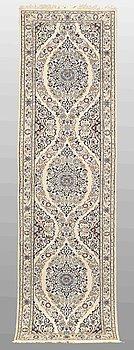 A RUNNER, Nain, part silk , s.k 6 LAA, ca 245 x 67 cm.