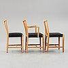 Hans j wegner, 3 stolar + utställningsaffisch, mikael lauersen, danmark, 1940-tal.