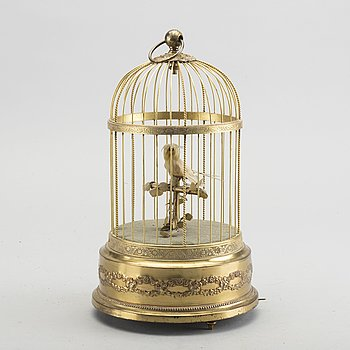 A French music box, first half of the 20th century.
