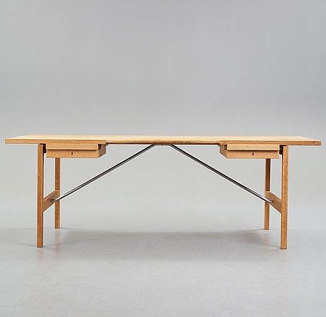 "Hans j wegner, skrivbord ""at 325a"", andreas tuck, danmark, 1960-70-tal."