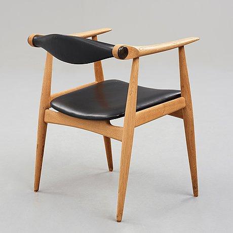 """Hans j wegner, karmstol """"Åget"""", modell """"ch-34"""", carl hansen & søn, danmark 1960-tal."""