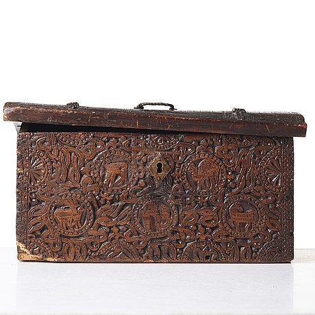 Skrin och lock, c14 daterat till 1600 talets andra hälft