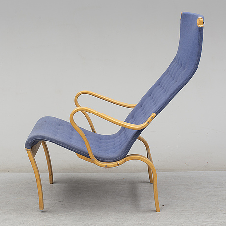 An end of the 20th century beech 'pernilla' easy chair by bruno mathsson.