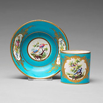 """311. A """"Sévrès"""" cup with stand, 18th Century."""