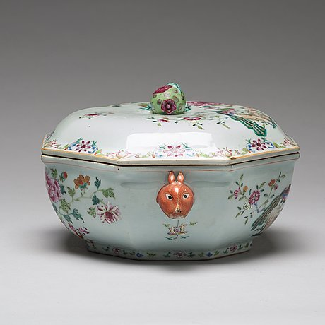 A famille rose 'double peacock' tureen with cover and stand, qing dynasty (1662-1722).