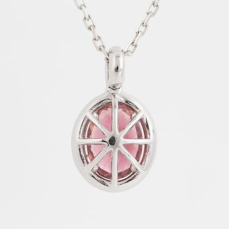 HÄnge, med rosa turmalin och briljantslipade diamanter, med kedja