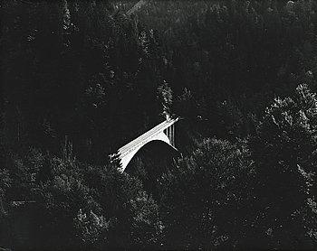 LENNART OLSON, gelatinsilverfotografi signerad a tergo.
