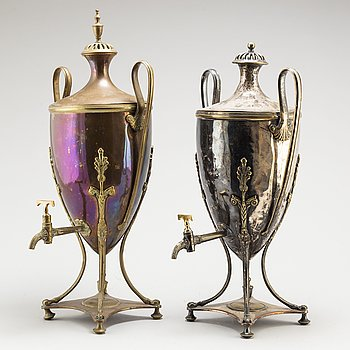 Two 19th century copper and plate teaurns.