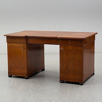 A first half of the 20th Century mahogany writing desk.