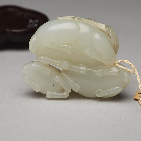 Two nephrite figure groups, qing dynasty.