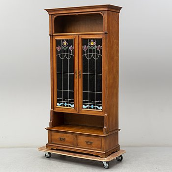 A cabinet from the early 20th century.