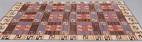 "Märta måås-fjetterström, matta, ""blå esset"", rölakan, ca 248,5 x 191,5  cm, signerad ab mmf."