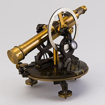 A German Theodolite by Pistor & Martins, no 1127, Berlin, around the turn of the 20th Century.