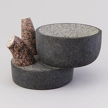 JARKKO ROTH, skulptur, granit, signerad.