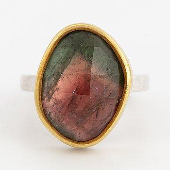 MARIA ELMQVIST, Ring, sterlingsilver och guld med grön/rosa turmalin.