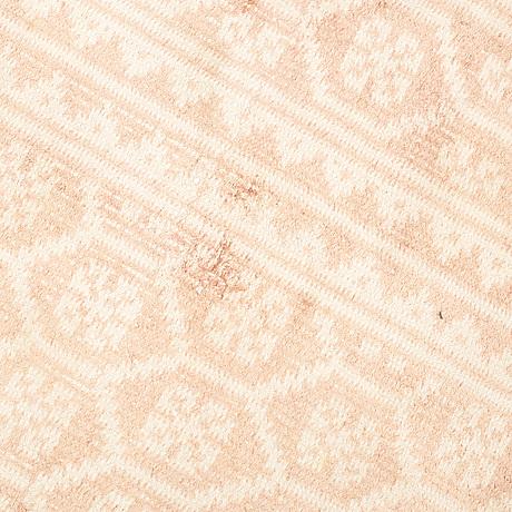 Carpet, zilo. flat weave. cotton, 392 x 256 cm.