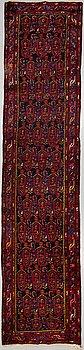 A RUNNER, Hamadan, 486 x 109 cm.