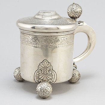 A parcel gilt silver tankard by K Anderson, Stockholm 1914.